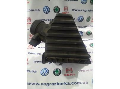 Корпус воздушного фильтра Skoda Fabia, Roomster/Volkswagen Polo/Seat Ibiza,Cordoba