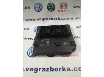 Блок бортовой сети Volkswagen Passat B7