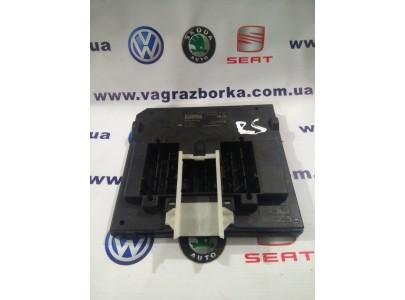 Блок бортовой сети Skoda Octavia A7