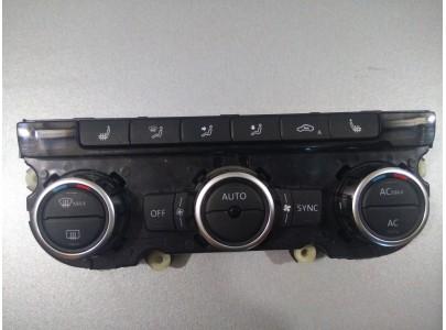 Панель управления климатической установкой Volkswagen Passat