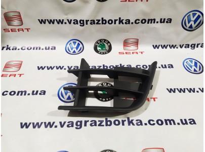 Решетка бампера левая Skoda Fabia 2 FL, Skoda Roomster ,Skoda Praktik (2011-2015)
