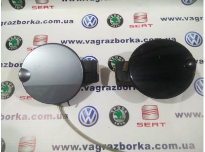 Крышка лючка заливной горловины для  Skoda Fabia Combi/Sedan