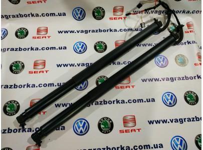 Амортизатор крышки багажника Skoda Superb Combi